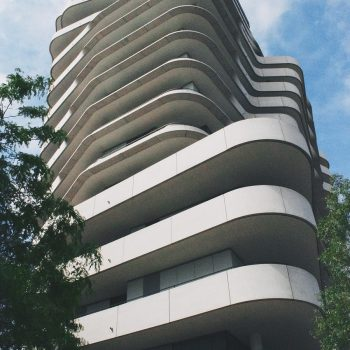 building-918995_1280